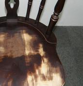 毎日使う家具、擦れて色があせてしまいます1